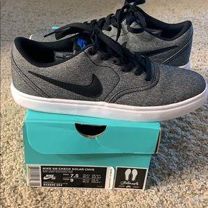 Nike SB Sneakers, 7.5 Men's